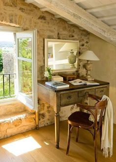 Schreibtisch, französicher Landhausstil, Arbeitszimmer, Einrichten, Bistrostuhl, Provence, Landhaus