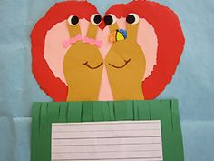 "Valentine Crafts: Cute ""Slugs in Love"" Valentine's Day card. The slugs are made from children tracing their fist with 2 fingers up. So cute. Great ""go along"" with the Scholastic story ""Slugs in Love"" by Susan Pearson. Valentines Day Activities, Valentine Day Crafts, Love Valentines, Cute Crafts, Crafts For Kids, How To Introduce Yourself, Fingers, Homeschool, February"