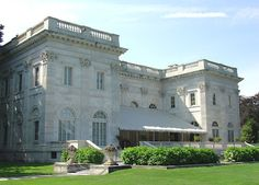 Marble House, Newport, Rhode Island - Travel Photos by Galen R Frysinger, Sheboygan, Wisconsin Beautiful Buildings, Beautiful Homes, American Mansions, Marble House, Newport Rhode Island, Historic Homes, Old Houses, Travel Photos, Dreams