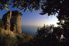 """Torre Ciana"", spotting tower on Argentario promontory. #maremma #tuscany #arte #art #archeologia #archaeology"