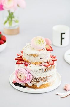 strawberry and coconut cream naked cake
