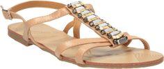 Aká obuv by nemala túto letnú sezónu chýbať každej trendy žene? http://wink.sk/beauty/fashion/aka-obuv-by-nemala-tuto-letnu-sezonu-chybat-kazdej-trendy-zene.aspx