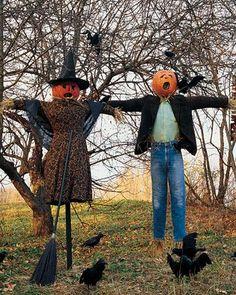 IDEAS & INSPIRATIONS: 15 Creepy Halloween Decorating Ideas - Outdoor Halloween Decorations