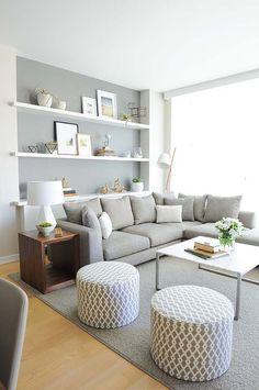 Living in an apartment, or in an older home with tiny rooms, can present a challenge: how to make your limited space seem larger. Try these 80 Stunning Modern Apartment Living Room Decor Ideas And Remodel. Small Living Rooms, Home And Living, Cozy Living, Living Area, Small Living Room Layout, Grey Room, Living Room Decor Ideas Grey, Living Room Ideas Small Apartment, Living Room Layouts