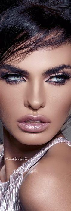 Amazing ! Spring Makeup..