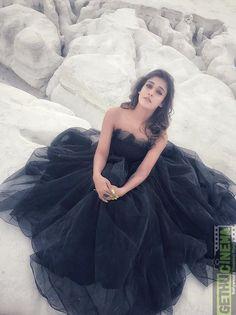 Tamil Actress Nayanathara Stunning Photo Shoot From Velaikkaran Iraiva Song. Hindi Actress, Indian Film Actress, Indian Actresses, Hot Actresses, South Actress, South Indian Actress, Beautiful Bollywood Actress, Beautiful Indian Actress, Beautiful Actresses