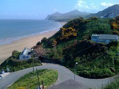 Nefyn Beach & The Rivals from Screw Road