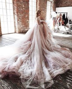 #ballgown #weddingdress #weddinggown sharing only all rights reserve to their owner http://gelinshop.com/ipost/1524310058048861292/?code=BUnb-vxjrRs