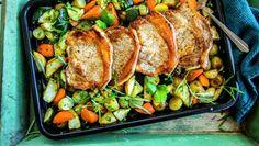 Koteletter og grønnsaker i ovn - MatPrat Moussaka, Cottage Cheese, Turkey, Meat, Food And Drink, Dinner, Dining, Turkey Country, Food Dinners