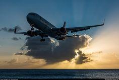 C-FIYE Air Canada Rouge Boeing 767-33A(ER)(WL) photographed at Philipsburg / St. Maarten - Princess Juliana International (SXM / TNCM) by Dr. David Garbaisz