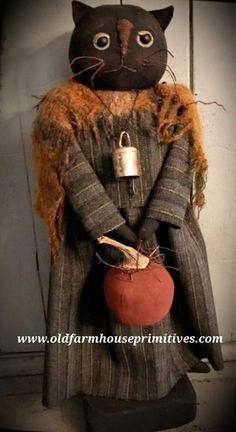 Make mine w/ a prim pumpkin head - love her outfit! Primitive Fall Miss CeCe Kitty (Made in USA) Primitive Christmas, Cowboy Christmas, Country Christmas, Christmas Christmas, Primitive Autumn, Primitive Pumpkin, Primitive Patterns, Primitive Crafts, Primitive Fall Decorating