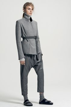 Bassike Resort 2014 Collection /// Love the combo of Justin Bieber pants and Birkenstocks with sturdy socks - NOT! Grey Fashion, Look Fashion, Fashion Design, Fashion Trends, Modern Fashion, Fashion News, Birkenstock Style, Black Birkenstock, 2014 Trends