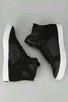 Urban outfit : supra sneaker