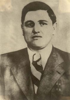 """Felix Landau, SS-Oberscharfuehrer, a Gestapo officer in Drohobycz (Ukraine). He admired drawings of Bruno Schulz and protected him until Schulz was killed by another Gestapo officer, Karl Günther. Günther was a rival of Landau, who had killed Günther's """"personal Jew"""", Löw, a dentist. By the way, Landau kept the systematic diary, which recorded his share in the murder of Lviv professors."""
