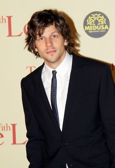Jesse Eisenberg  Not gonna lie. Not a big fan but I am totally digging this new look for him. Very cute ^_^
