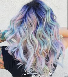 @hairbymisskellyo is the artist... Pulp Riot is the paint. #pulpriothair #pastelhair #haircolor