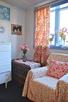 Colourful Home: Fun with retro floral fabrics and blue painted window frame