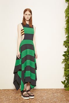 Stella McCartney Resort 2015. Read the review on Vogue.com.