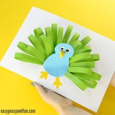 Manualidades infantiles: pavo real de papel - Muddle Tutorial and Ideas Easy Paper Crafts, Diy Paper, Fun Crafts, Arts And Crafts, Paper Crafting, Paper Plate Crafts For Kids, Preschool Crafts, Easter Crafts, Christmas Crafts