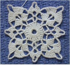 Transcendent Crochet a Solid Granny Square Ideas. Inconceivable Crochet a Solid Granny Square Ideas. Filet Crochet, Crochet Chart, Thread Crochet, Crochet Motif, Crochet Doilies, Hand Crochet, Crochet Flowers, Motifs Granny Square, Granny Square Crochet Pattern