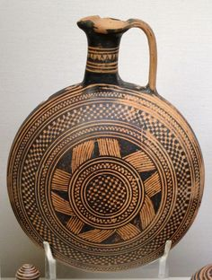 pottery from graves of the late Protogeometric and early Geometric periods. 10th – 9th c. BC