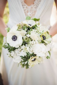 gorgeous white and green bouquet | Riverland Studios | Glamour & Grace