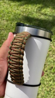 Hummingbird Colors, Outdoor Stores, Cup Crafts, Ozark Trail, Insulated Cups, 550 Paracord, Paracord Bracelets, Tumbler Cups, Tie Knots
