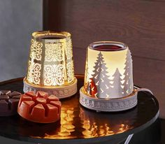 The Winter Forest Changeable ScentGlow Warmer has two different sleeves so you can update your look at any time! www.partylite.com.au