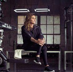 A ex-atleta olímpica Caitlyn Jenner será o rosto da campanha da linha esportiva da H&M.