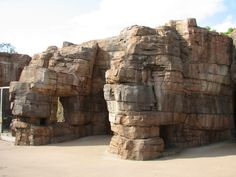 Picture of Zoo Entrance | Childrens Zoo - Desert Cave Entrance » Houston Zoo Gallery