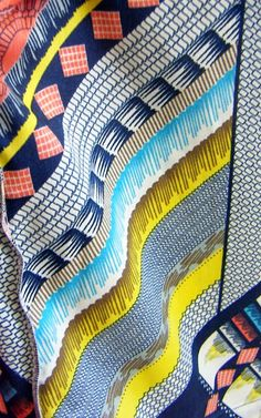 print & pattern: STORE SNAPS - peacocks