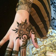 Henna✖️Great Tattoo✖️Art✖️No Pin Limits✖️More Pins Like This One At FOSTERGINGER @ Pinterest✖️