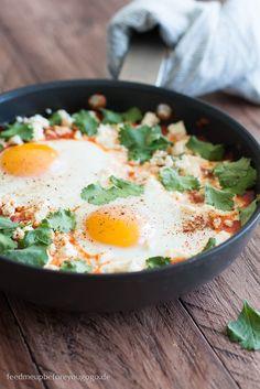 Shakshuka mit Feta und Koriander israelisches Frühstück Rezept Feed me up before you go-go