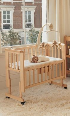 trendy baby sleep bassinet co sleeper Co Sleeper Crib, Baby Bedroom, Baby Room Decor, Kids Bedroom, Baby Bedding, Nursery Decor, Baby Furniture, Find Furniture, Home Plans