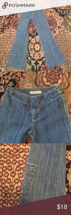 """Girls like new Tommy Hilfiger jeans Girls Tommy Hilfiger jeans - so CUTE AND TRENDY - unique style. Excellent condition. Inseam approx 25"""". Tommy Hilfiger Bottoms Jeans"""