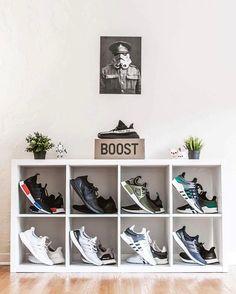 sneaker storage Schuhregal storage ideas display Buying Cheap Designer Clothes O Shoe Wall, Shoe Room, Shoe Closet, Sneaker Storage, Shoe Storage, Sneaker Rack, Storage Ideas, Hypebeast Room, Ideas Habitaciones