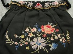 Lovely vintage handbag made of black silk satin, decorated on the front with French tambour embroidery in a multi-color floral pattern. Tambour Embroidery, Embroidery Bags, Vintage Embroidery, Black Silk, Black Satin, Beauvais, How To Make Handbags, Red And Grey, Vintage Handbags