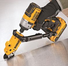 New Dewalt Shear Attachment Works with Your Drill or Impact Driver Diy Tools, Hand Tools, Dewalt Impact Driver, Garage Atelier, Dewalt Tools, Dewalt Cordless Tools, Cordless Drill, Tool Shop, Garage Tools
