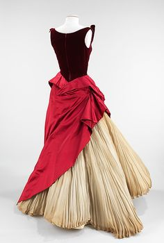 Dress (Ball Gown)  Charles James  (American, born Great Britain, 1906–1978)  Date: 1953 Culture: American Medium: silk.  Credit Line: Brooklyn Museum Costume Collection at The Metropolitan Museum of Art, Gift of the Brooklyn Museum, 2009; Gift of Baroness W. von Langendorff, 1953!!!