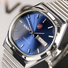 RADO VOYAGER AUTOMATIC DAY&DATE BLUE DIAL RARE SWISS MEN'S VINTAGE USED WATCH #Rado #LuxuryDressStyles