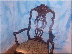 Barokk bútor, karfás székek - Antik bútor, egyedi natúr fa és loft designbútor, kerti fa termékek, akácfa oszlop, akác rönk, deszka, palló