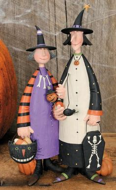 Two Witches Figurine - Halloween Folk Art & Collectibles – Williraye Studio $65.00