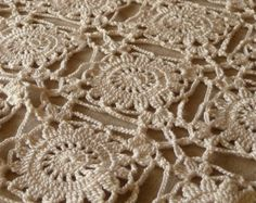 Vintage Hand Crocheted Table Runner Dresser Scarf 15 x 27 Natural Cotton CR1031