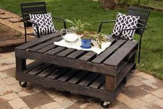 Make This Tomorrow with american pallets. And ofcourse a grey wash!