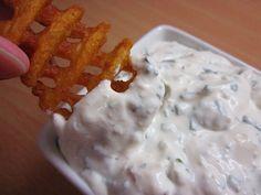 Mau!kas ruokablogi: Kylmä fetakastike Snack Recipes, Snacks, I Love Food, Food Inspiration, Feta, Tapas, Goodies, Food And Drink, Pudding