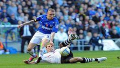 Pertandingan Liga Primer Inggris untuk kali ini akan mempertemukan Cardiff City vs Swansea City yang akan digelar Pada hari Minggu (03/11/2013) di Cardiff City Stadium – Ninian Park, Inggris dan akan disiarkan LIVE di SCTV Pukul 22:30 WIB.