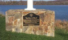 Donald Trump Erects Plaque on Golf Course Commemorating Civil War Battle that Never Happened