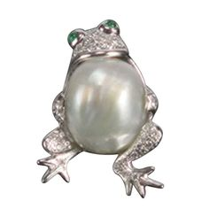 White Gold Pearl and Diamond Frog Pin Brooch