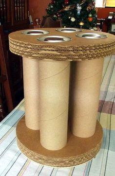 Manualidades Porta vinos o pisco Lawn Furniture, Cardboard Furniture, Cardboard Art, Cardboard Tubes, Origami Box, Upcycling, Tube Carton, Newspaper Art, Paper Roll Crafts