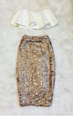New Years Eve outfit Cute Girl Outfits, Stylish Outfits, Fashion Outfits, Black Coat Outfit, Gold Sequin Skirt, Sparkle Outfit, New Years Outfit, Skirts For Kids, Minimal Fashion